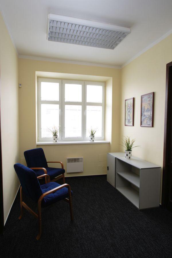 Kanceláře rozdílných velikostí